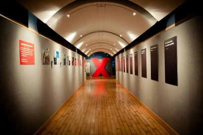 The corridor leading to TEDxJacksonville. (Photo By Tiffany Manning)