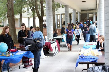 Students investigate extracurricular opportunities at South Campus for Campus Awareness Day. (Photo By Savannah Dobbs)