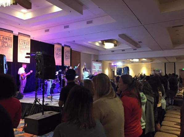 Sonburst Conference 2015 during worship service